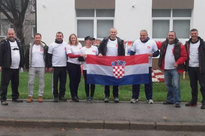 Delegacija Grada Nova Gradiška pješači za Vukovar