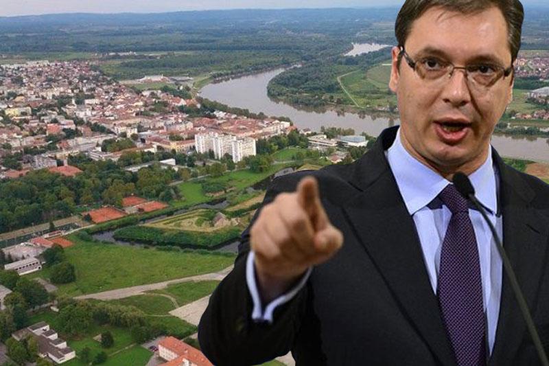Aleksandar Vučić opet prozvao Slavonski Brod?