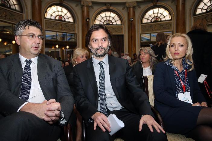 Plenković: Vlada će donijeti paket mjera za povećanje minimalne plaće