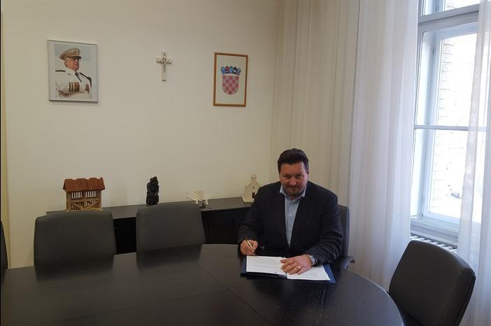 Ministar Kuščević donio Odluku o raspoređivanju i korištenju sredstava kapitalnih pomoći gradovima i općinama