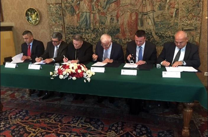 Potpisan Ugovor o osnivanju i radu Zavoda za znanstveni i umjetnički rad HAZU u Đakovu