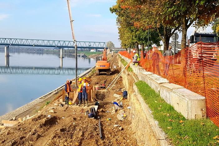Napreduju radovi na izgradnji obaloutvrde rijeke Save