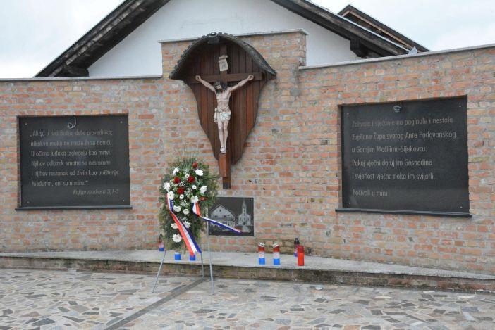 Pater Tolj: Pravi povratak realan tek kada BiH uđe u EU