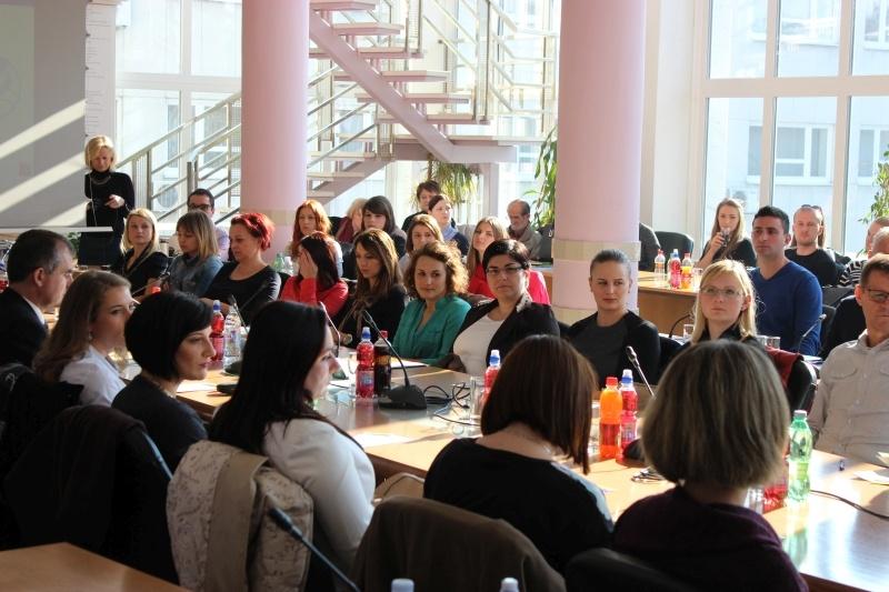 """Brodsko-posavska županija završava s provedbom velikog projekta """"S osmijehom u školu"""""""