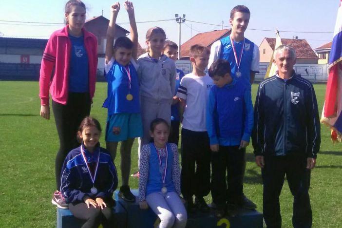Pet medalja za brodske atletičare na mitingu u Andrijaševcima