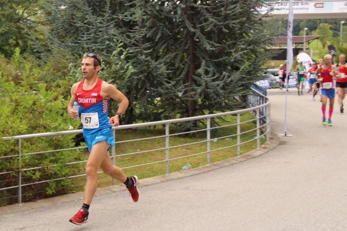 Brođanin Dejan Radanac prvak Hrvatske na 100 kilometara, a 37. na svijetu