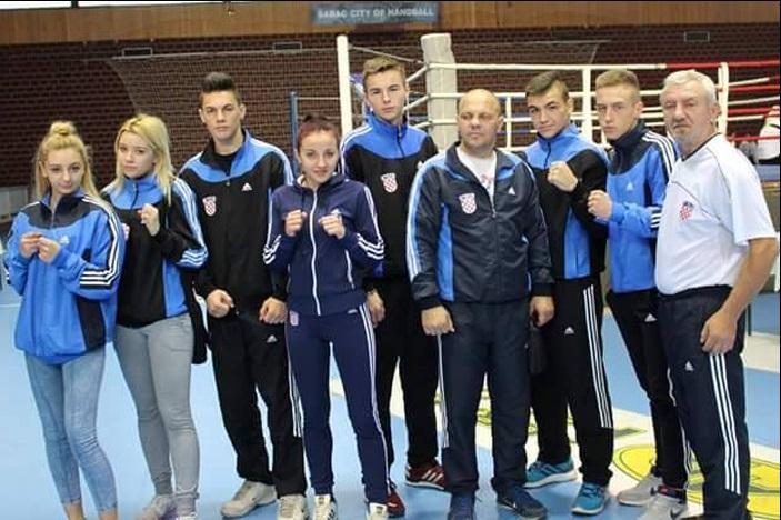Tri zlata i srebra za boksače Broda na turniru u Mađarskoj