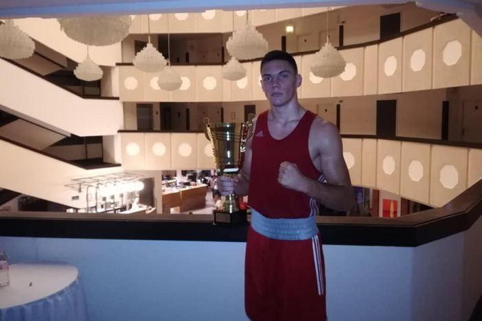Gabrijel Veočić najbolji boksač na turniru u Mađarskoj