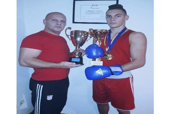 Na oba trunira Gabrijel Veočić proglašen najboljim boksačem turnira