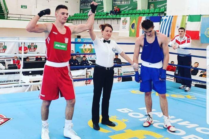 Veočić pobjedio ruskog reprezentativca Viktora Kashina