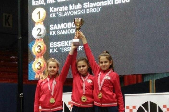 Dva zlata ua brodske karatašice i karataše na Prvenstvu Hrvatske