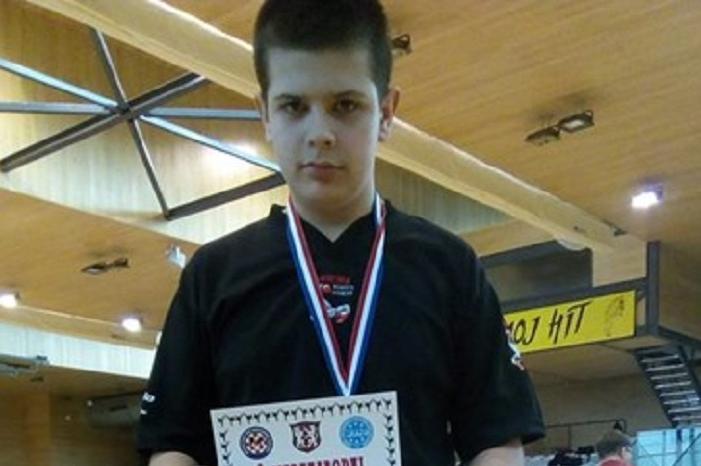 Ivan Đaković srebrni na turniru u Bihaću