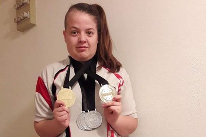 Brođanka se iz Tešnja vratila s četiri medalje!