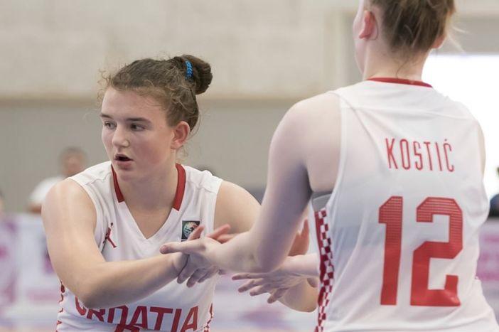 Kadetkinje Hrvatske pobijedile Švedsku za drugo mjesto u skupini