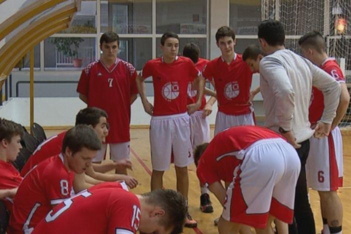 Brodski košarkaši zabili čak 18 trica u Našicama