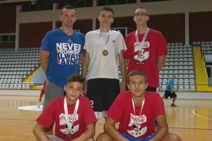 "Kadeti KK ""Slavonski Brod 1946"" regionalni prvaci sportskih igara mladih"