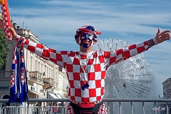 Hrvatska, Hrvatska!