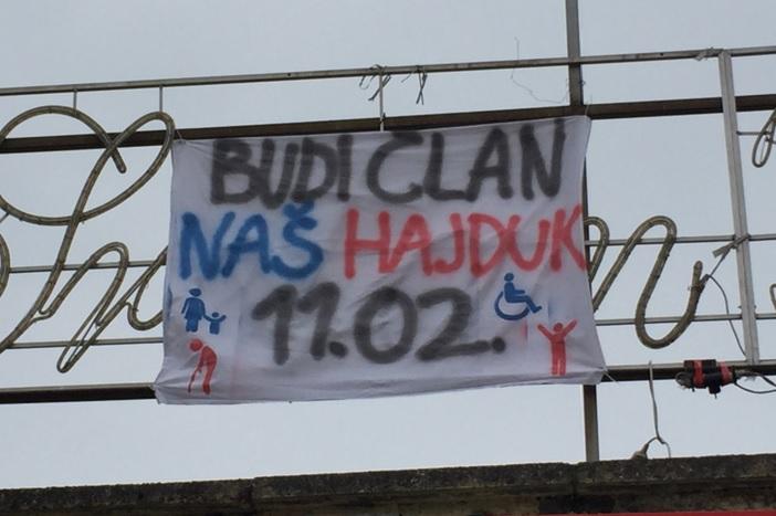 Društvo prijatelja Hajduka transparentom najavilo sutrašnju akciju!