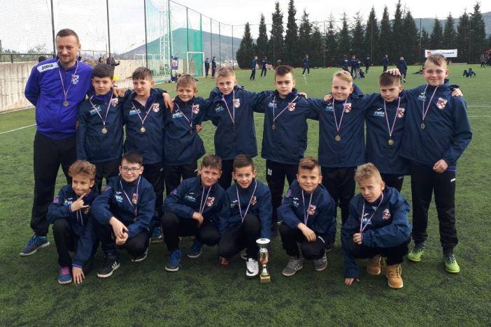 Veliki uspjeh mladih nogometaša HNK Željezničar na međunarodnom turniru u Međugorju