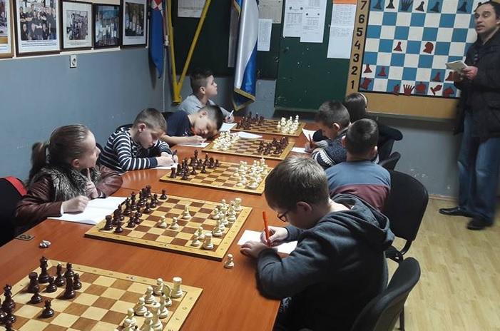 S radom započela prva škola šaha u Brodsko-posavskoj županiji