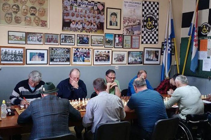 Šahovski klub invalida Hvidra-Brod je pobijedo ŠK Gundince rezultatom 4:2