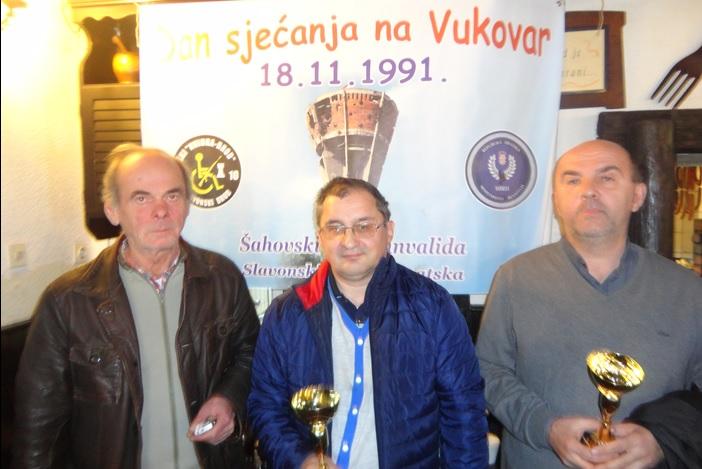 Šahisti u spomen na Vukovar