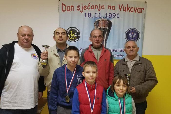 Šahisti u spomen na Vukovar 2018.