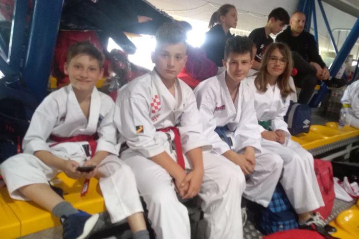 Mladi brodski borci odlični na međunarodnom turniru u Ljubljani