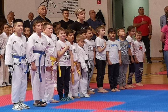 Članovi TKD kluba Brod na turnirima u Ateni i Novskoj
