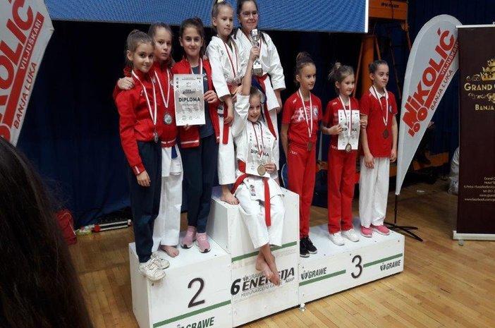 Članovi Karate kluba Slavonski Brod nastupili na  6. Grawe Energija kupu