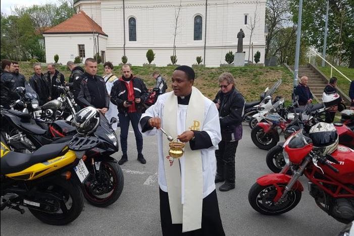 Stotinjak bikera na blagoslovu motora u Podvinju