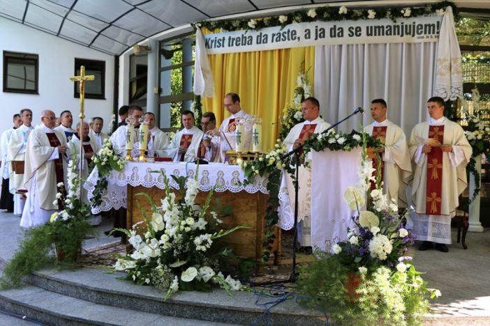 Proslavljena mlada misa vlč. Domagoja Lackovića