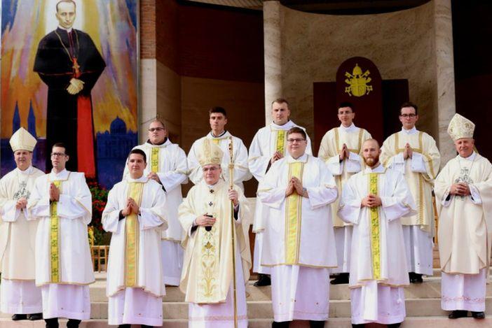 Pogledajte svećeničke premještaje u našoj županiji