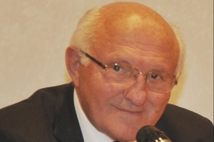 Brođanin Prof. dr. Pero Aračić upravitelj Zavoda HAZU-a u Đakovu