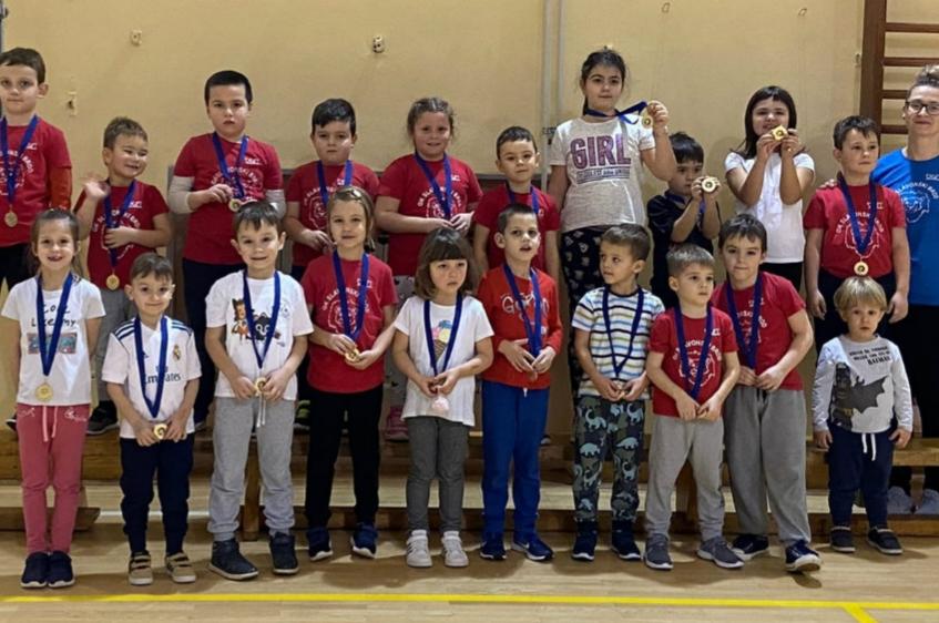 SLAVONSKI BROD - Održana 3. Božićna olimpijada