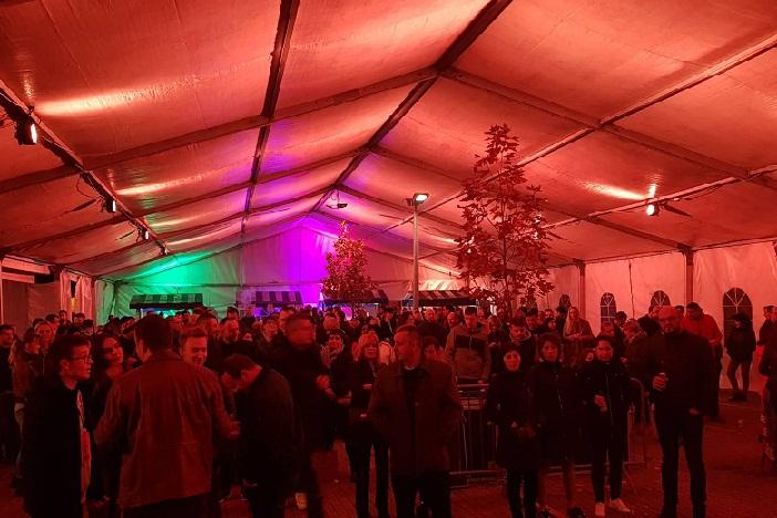 (VIDEO) Drugi dan pivskog festivala - odlični i vrhunski naši pivari, loši glazbeni izvođači