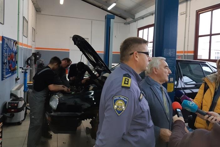 MUP donirao tri vozila Industrijsko-obrtničkoj školi