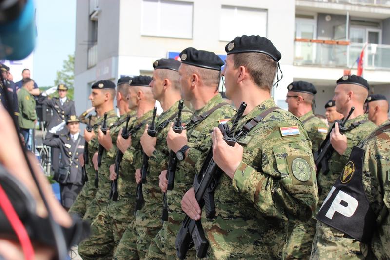 ISTRAŽIVANJE: Treba li Hrvatskoj obvezni vojni rok ili ne?