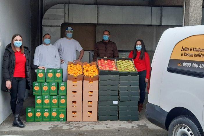 Germania donirala svježe voće i sokove liječnicima i medicinskom osoblju u Slavonskom Brodu