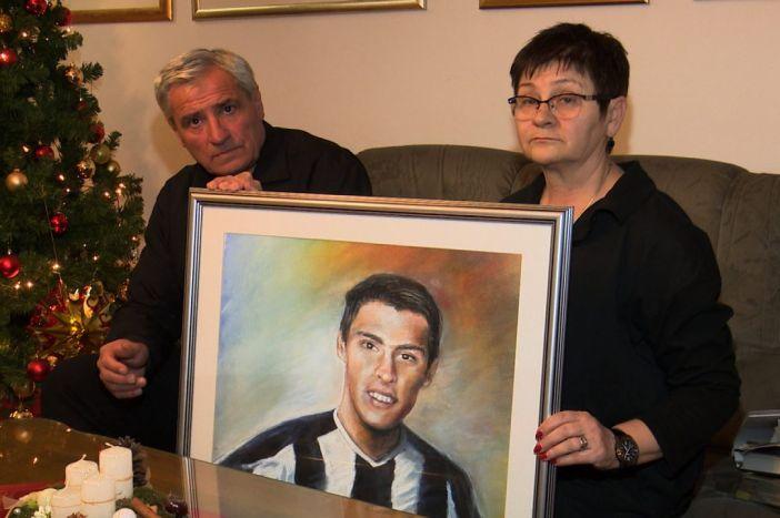 Ivan Nikolić – 15 godina od pogibije mladog nogometaša Marsonije