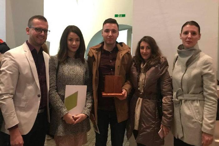 Nagrade i Kreativnoj udruzi mladih Limes iz Sl. Kobaša i Tehničkoj školi Slavonski Brod!