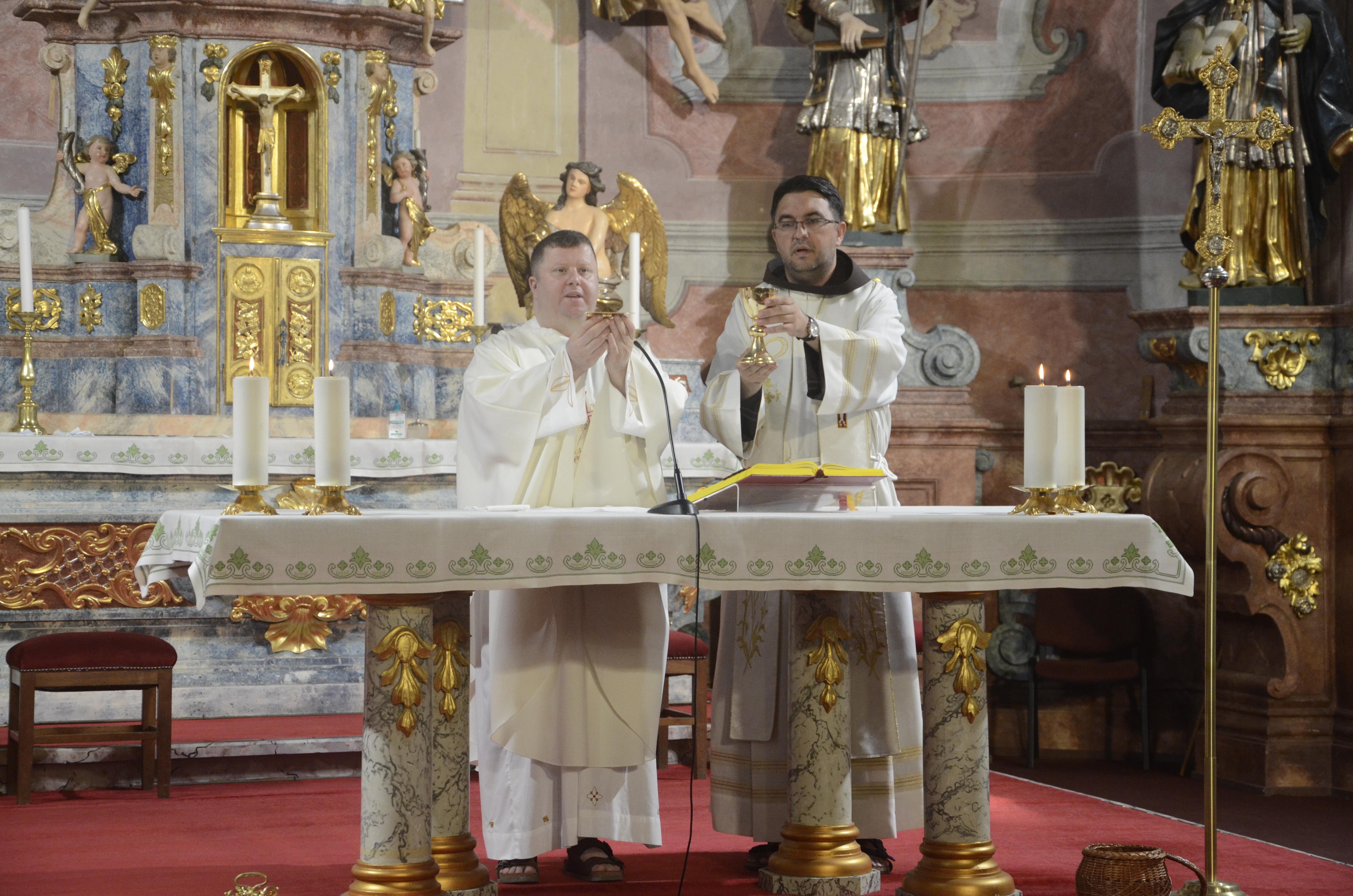 Trodnevnica uoči Porcijunkula u franjevačkom samostanu