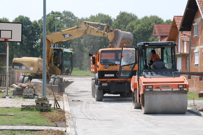 Nastavljaju se radovi na modernizaciji cesta na području grada