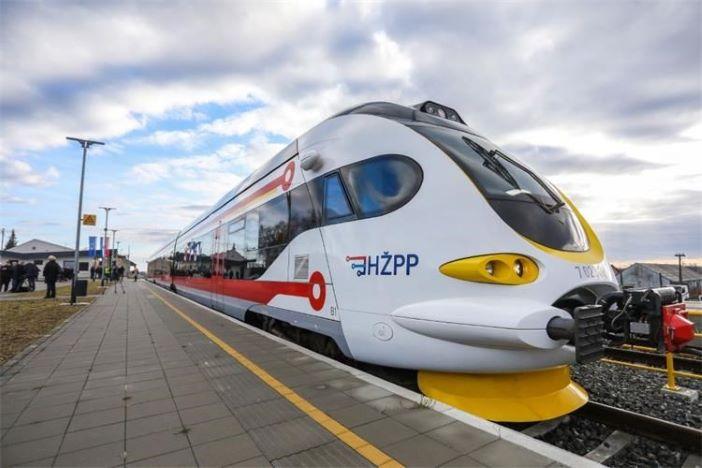 Besplatan željeznički prijevoz za djecu i učenike osnovnih i srednjih škola